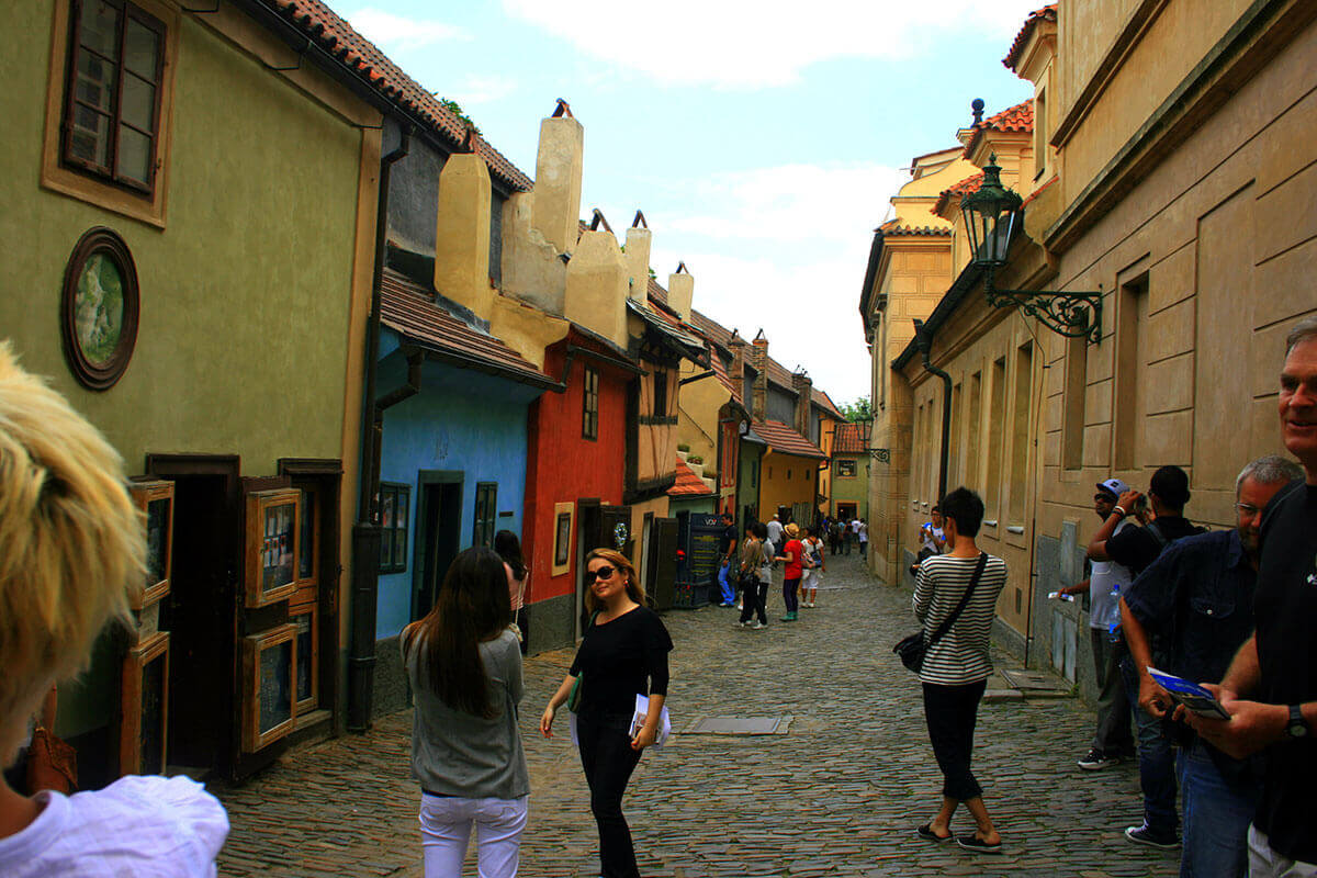 the-golden-street